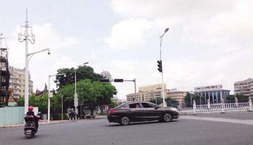 电子警察,将对车辆违反交通标志标线、逆行、违法停车、闯红