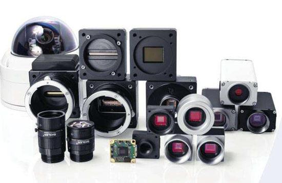 线阵相机,高分辨率定焦镜头产品以及读码,结构光3d相机等产品,再到