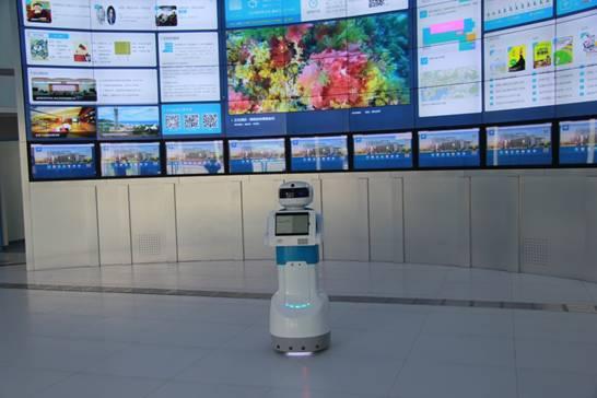 """服务机器人""""上岗"""" 图书馆""""智慧""""提速图片"""